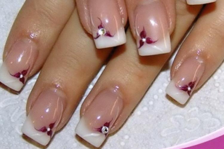 Дизайн ногтей. французский маникюр